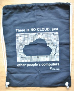 "Bag with the slogan ""There is no cloud, just other people's computers"""